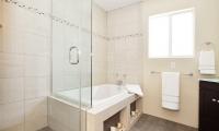 bath upper tub