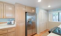 ktichen fridge & WD closet